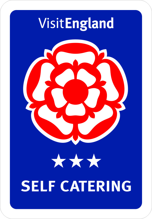 Self Catering - 3 logo