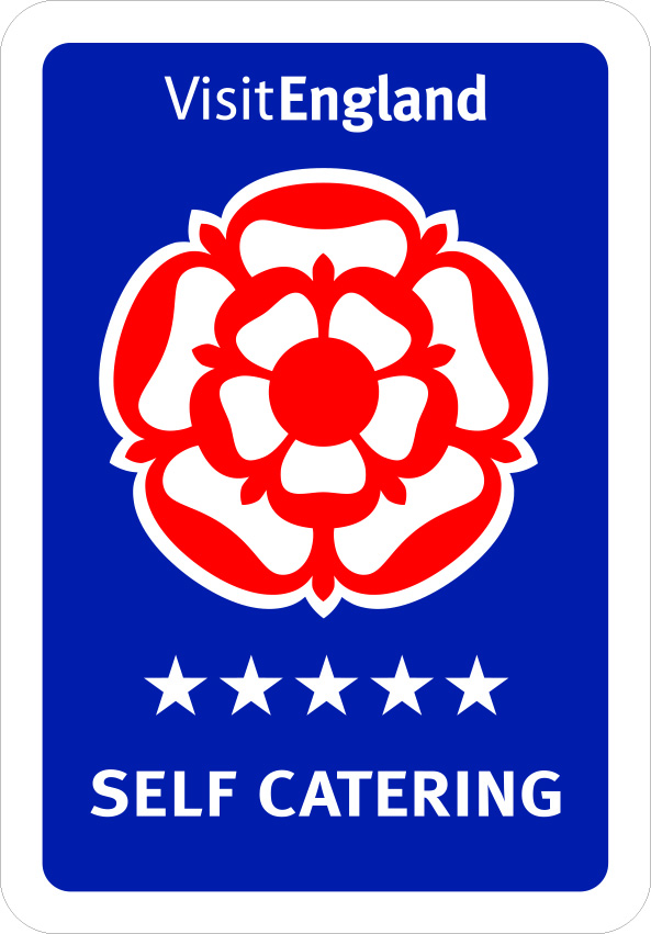 Self Catering - 5 logo